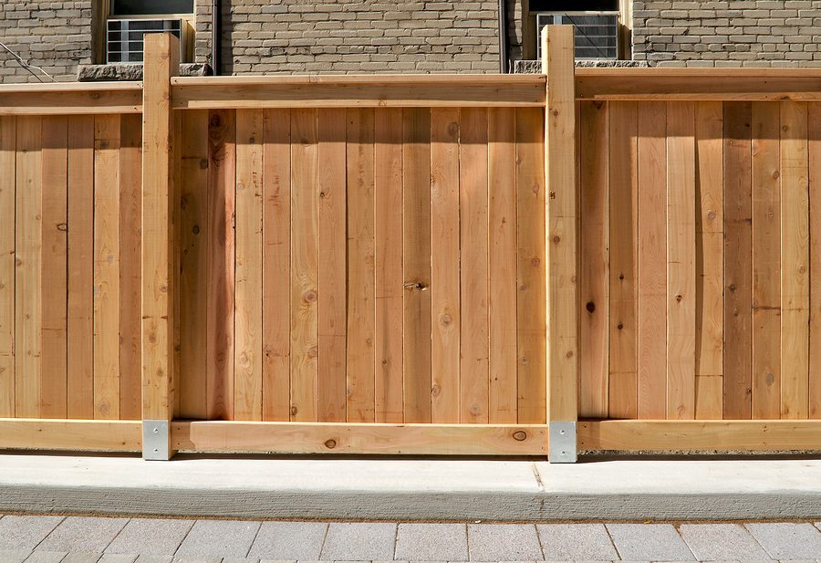 Redwood Vs Cedar >> Cedar Vs Redwood Which Wood Do You Choose For Your Fence B C