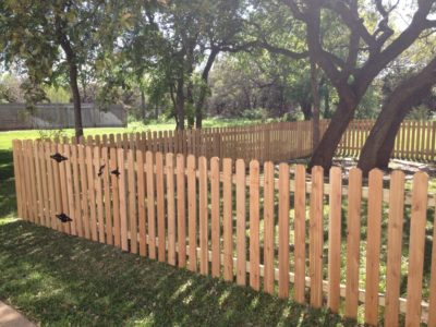 Picket Fences – Why They Are So Charming