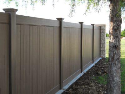 Vinyl Fences versus Wood Fences